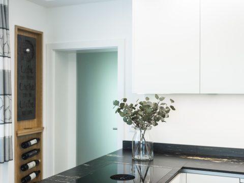 Küche / Weinbar